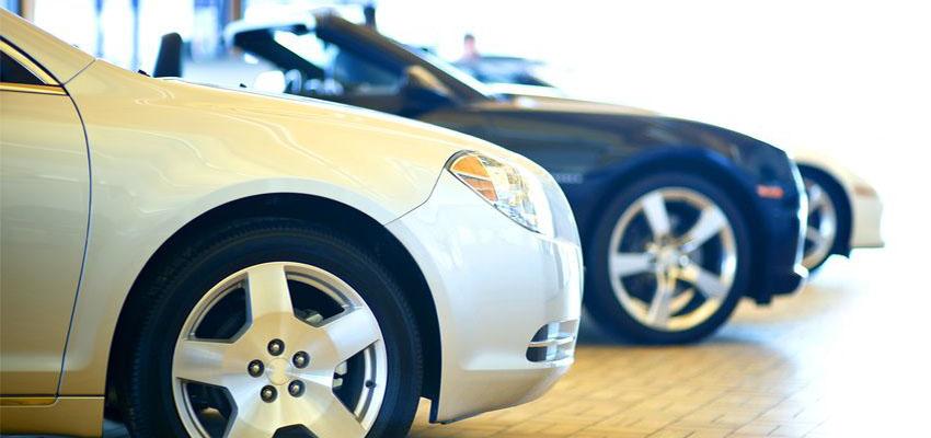 Ktorá farba je vhodná, aby auto vyzeralo skutočne čisté